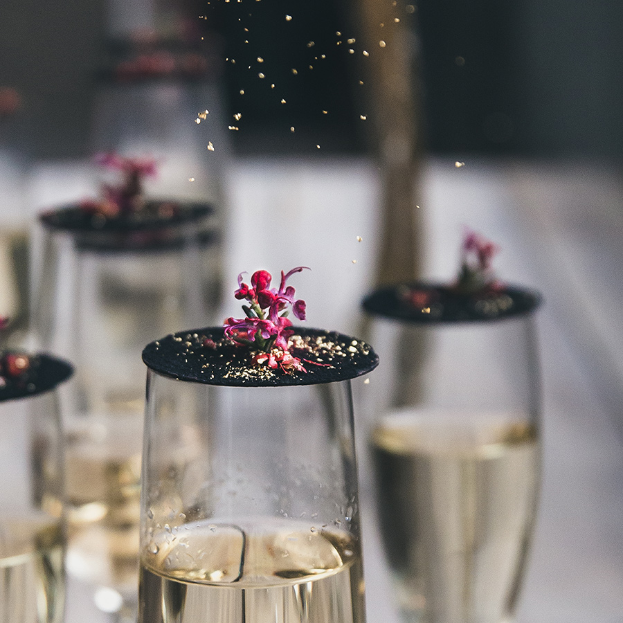 Toppings op champagneglas